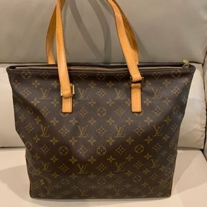 %100 Authentic Louis Vuitton cabas mezzo
